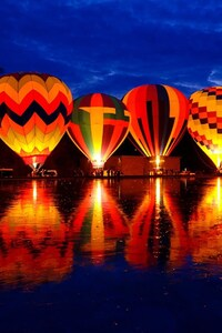 320x480 Hot Air Balloon 2