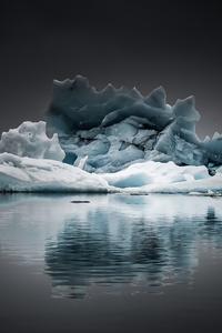 640x960 IceBerg At Jokulsarlon