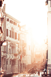 2160x3840 Italy Motorboat Venice 4k