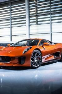 640x960 Jaguar James Bond Car