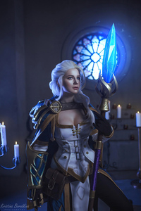 1242x2688 Jaina Proudmoore From The World Of Warcraft Cosplay 4k