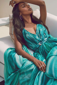 240x320 Jasmine Tookes Hamptons Magazine 4k