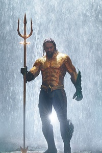 Jason Momoa In Classic Orange And Green Aquaman Costume
