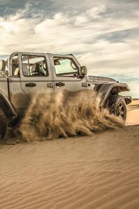 320x480 Jeep Gladiator Sand Runner 2021