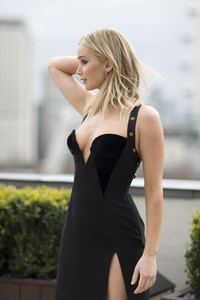 540x960 Jennifer Lawrence Black Dress