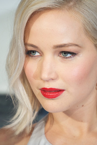 Jennifer Lawrence Eyes