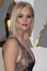 Jennifer Lawrence Oscar 2016