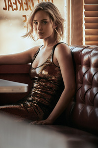 240x400 Jennifer Lawrence Vogue HD