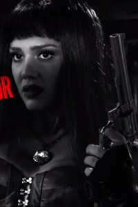 640x1136 Jessica Alba In Sin City 2