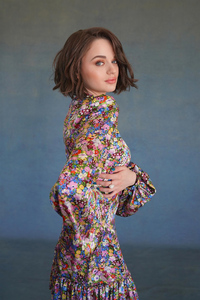 Joey King Press Netflix Photoshoot For The Kissing Booth