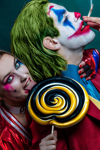 1280x2120 Joker And Harley Quinn Cosplay 4k