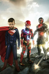 320x568 Justice League Small Heroes
