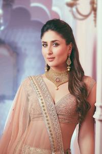 640x1136 Kareena Kapoor Malabar Gold