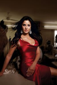 720x1280 Katrina Kaif Red Hot