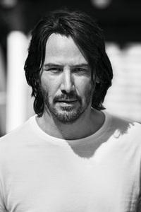 750x1334 Keanu Reeves 4k