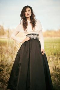 640x960 Keira Knightley Harpers Bazaar 2021 4k