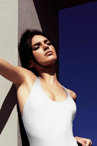 320x568 Kendall Jenner 2019 Model