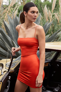 1242x2688 Kendall Jenner Capsule Collection 5k