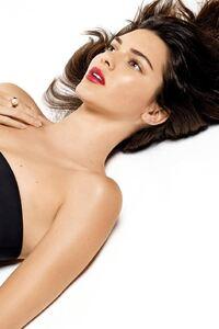 Kendall Jenner Celebrity 2
