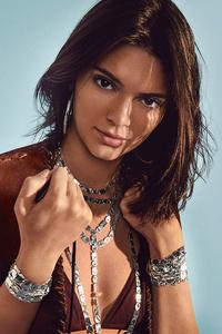 Kendall Jenner IPPOLITA