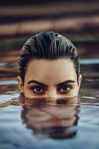 Kim Kardashian Eyes Elle 2018