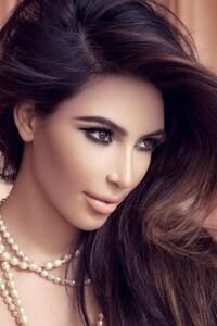 540x960 Kim Kardashian New