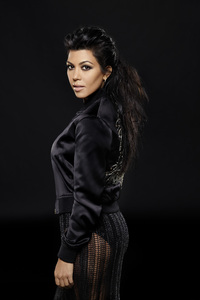 1440x2560 Kourtney Kardashian Keeping Up With The Kardashians Season 14 2018
