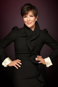 1242x2688 Kris Jenner Keeping Up With The Kardashians Season 14 2017