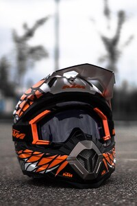 240x400 KTM Helmet