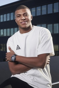 240x320 Kylian Mbappe Player