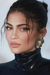 540x960 Kylie Jenner Vogue Hk 2021