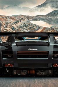 640x1136 Lamborghini Rear