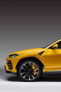 Lamborghini Urus Side View 4k