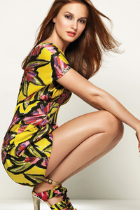 Leighton Meeste Actress 4k