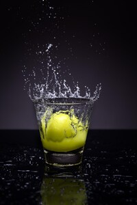 1242x2688 lemon splash photography