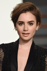540x960 Lily Collins 2018 4k