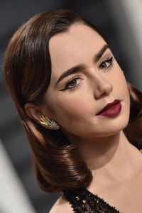 Lily Collins In 2017