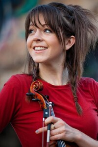 240x400 Lindsey Stirling Cute