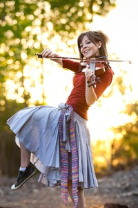 240x400 Lindsey Stirling