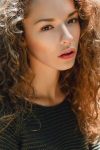 Lisa Alexanina Face