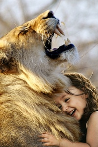 Little Girl Hugs Lion Roaring Cute 4k