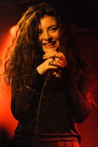 Lorde Singer In 2018