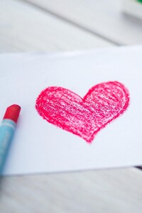 480x800 Love Heart Sketch 2