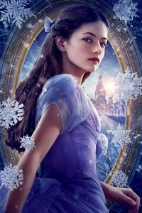Mackenzie Foy As Clara The Nutcracker And The Four Realms 5k Movie