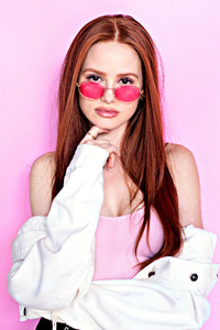Madelaine Petsch Prive Revaux Photoshoot 5k