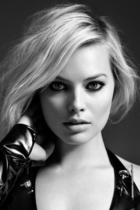 1080x2160 Margot Robbie 2018 Monochrome