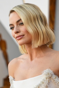 Margot Robbie At Oscars 2018