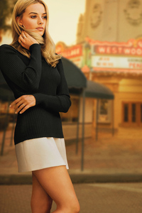 1080x2160 Margot Robbie Once Upon A Time In Hollywood 2019 4k