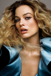 Margot Robbie Vogue June 2019