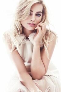 1080x2160 Margot Robbie